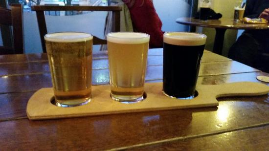 Bar T'at: A great way to sample new beers - in 1/3rd pints......