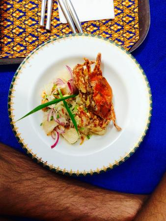 Baan Yin Dee Boutique Resort: Soft shell crab salad