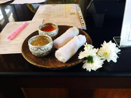 Baan Yin Dee Boutique Resort: Complimentary refreshments upon arrival