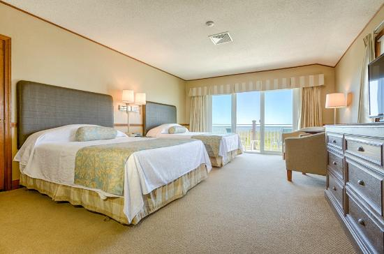 Seaside Inn: Oceanfront Premium Room