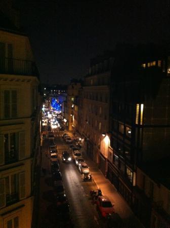 Art Hotel Batignolles: Veduta dalla camera 405