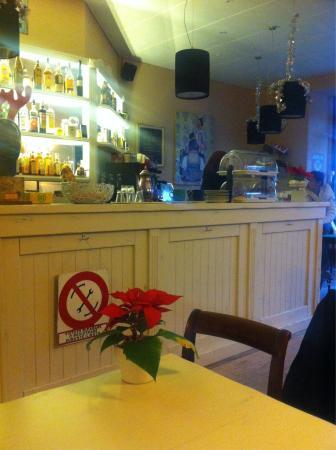 Selz Bar & Cafe: January 2015