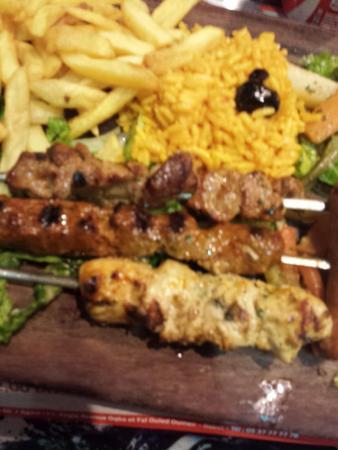 Coq Magic : Mixed grill 55 dirhams
