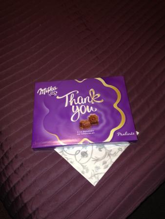Lavanda Hotel Prague : Una scatola di cioccolatini sul letto l'ultimo giorno! Una bella sorpresa!