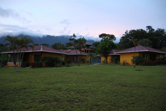 Hotel Lookout at Playa Tortuga: die Anlage am Abend