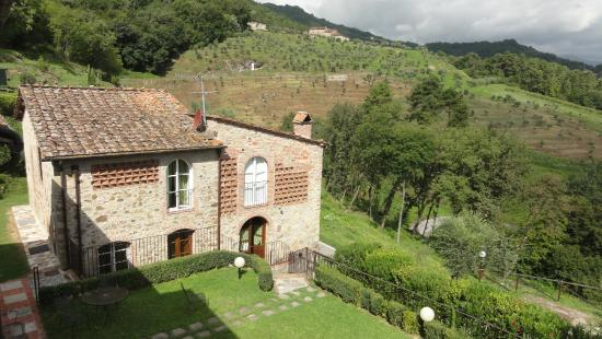 Castello di Mammoli: Building Suite Accommodation