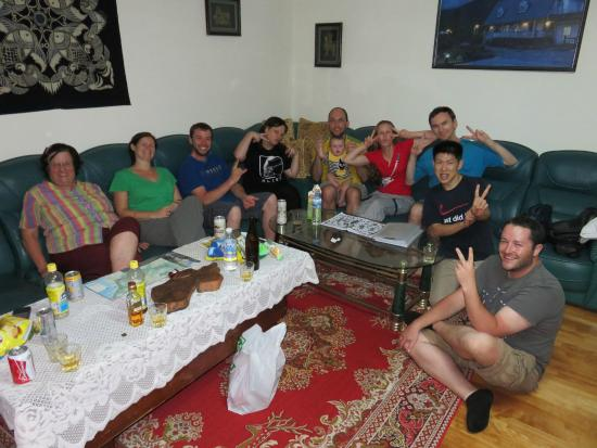Taroko Lodge : Enjoying a drink in the front room