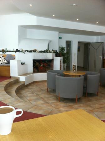 Elisabeth Hotel: lounge