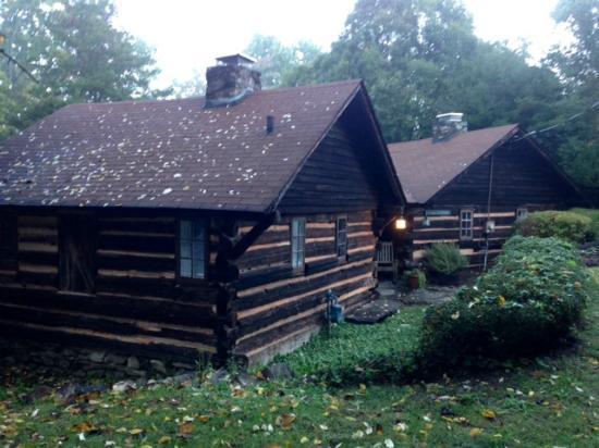 1906 Pine Crest Inn: Twain Cottage
