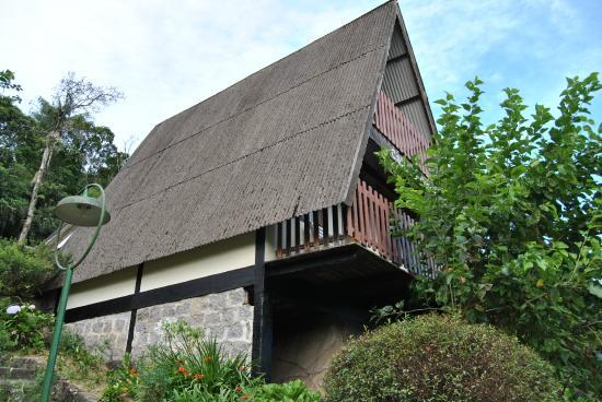 Hotel Do Ype: Uma das cabanas, logo acima da piscina