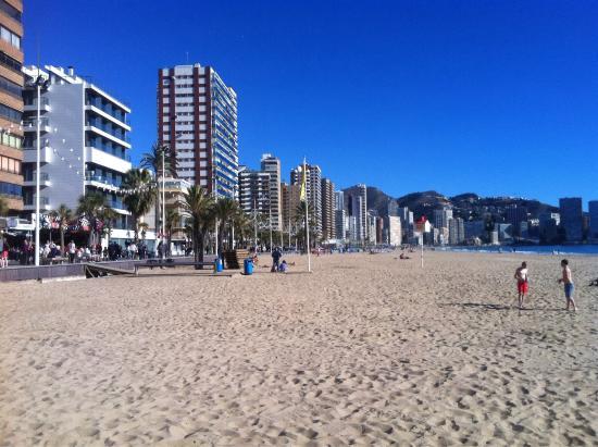 Babylon Hotel : Beni Beach