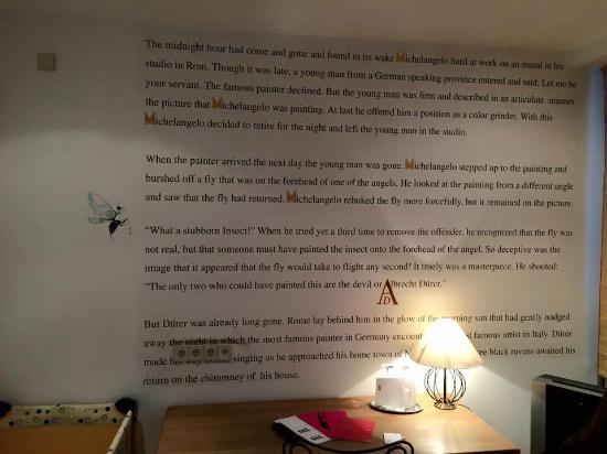 Hotel Drei Raben: Story on the wall