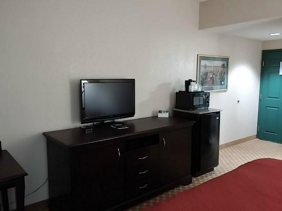 Country Inn & Suites by Radisson, Columbus, GA: Great in-room amenities!