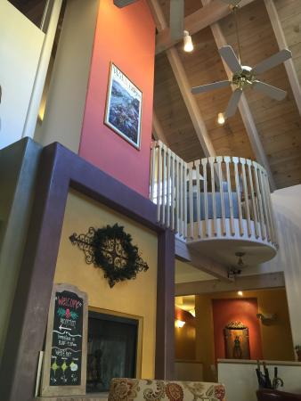 Inn on the Paseo : Lobby