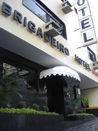 Hotel Brigadeiro: Fachada do Hotel