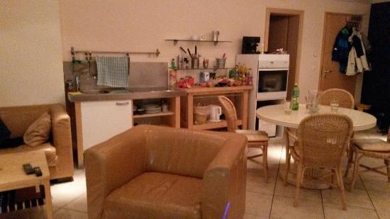 Stegen, Niemcy: Wohnzimmer, Küchenzeile und Esstisch