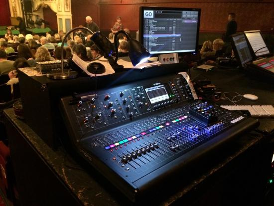 Crewe Lyceum Theatre: Effects control equipment