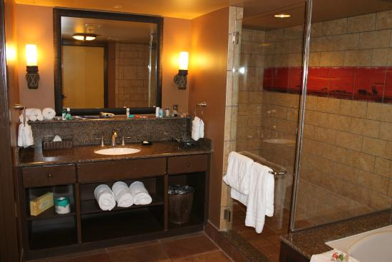 Mater Bathroom Picture Of Disney 39 S Animal Kingdom Lodge Orlando Tripadvisor