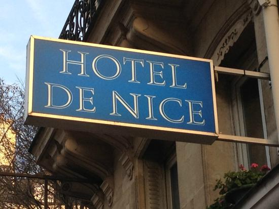 Hotel de Nice: Sign on Rue de Rivili, look up - it's easy to walk right by!