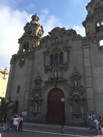 Iglesia Virgen Milagrosa