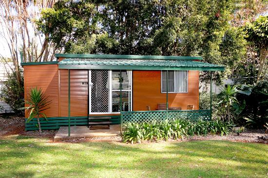 Lilyponds Holiday Park Mapleton : Couples Cabin