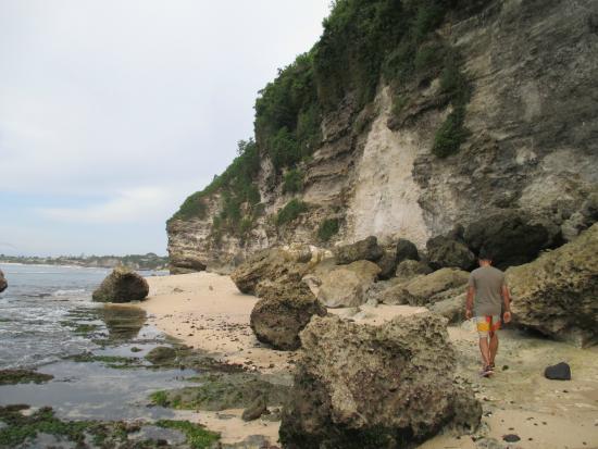 Uluwatu, Indonesia: Beach