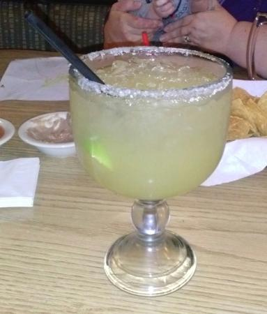 Clinton, WA: Yummy Margaritas!