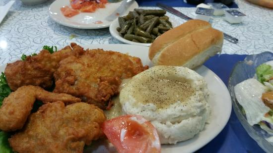 The Diner: Fried chicken dinner