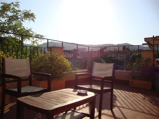 Feetup Garden House Hostel Barcelona: Rooftop bliss..