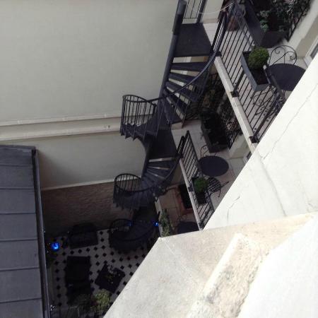 Hotel Arioso: Balcony Staircase