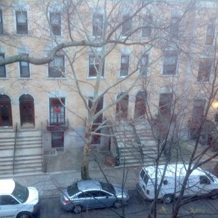 Harlem Renaissance House B&B: view from our room on the 4th floor