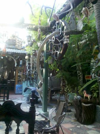 Hotel Arte y Museo Yeneka: Dentro del hotel, patio