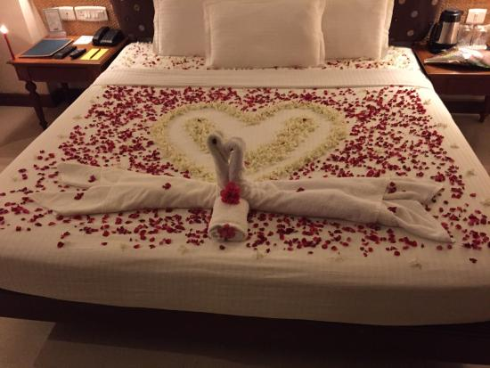 Hindustan Beach Retreat: Engagement bed arranged by the hotel manager and his staff