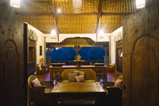 Villa Awang Awang living area