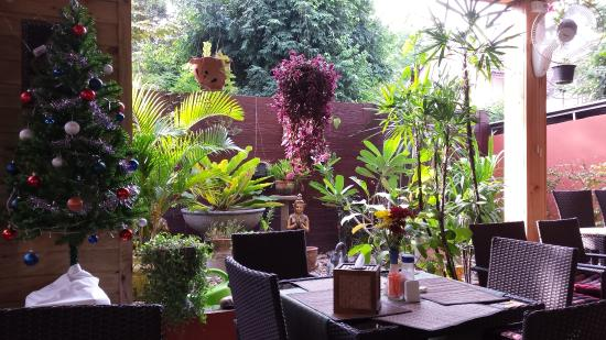 Guesthouse Liam's Suan Dok Mai : restaurant