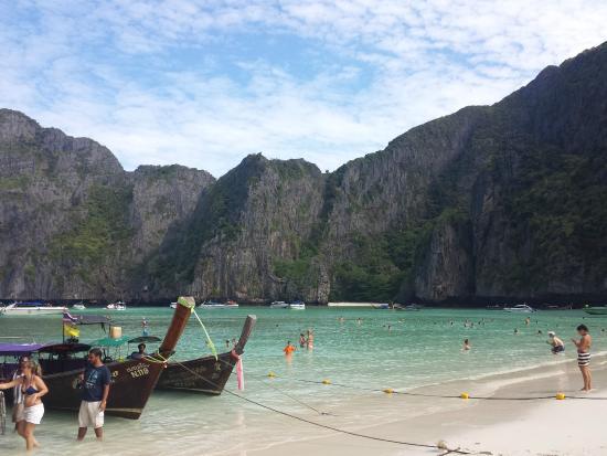Maya Bay! - Picture of Ko Phi Phi Le, Ko Phi Phi Don - TripAdvisor