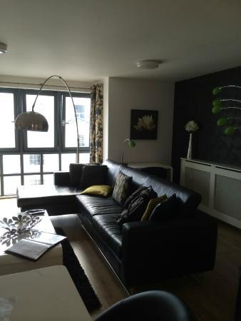 Love-Cheltenham: Lounge