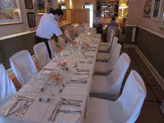 Cargill's: Beautiful table
