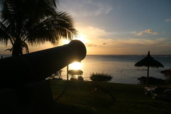 Canonnier Beachcomber Golf Resort & Spa: Sunset