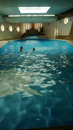 Piscina interna riscaldata foto di linta park hotel asiago tripadvisor - Hotel corvara con piscina interna ...