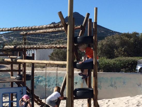 Dunes Beach Restaurant & Bar: Speeltuin