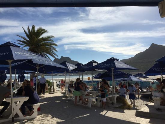 Dunes Beach Restaurant & Bar: Terras aan zee