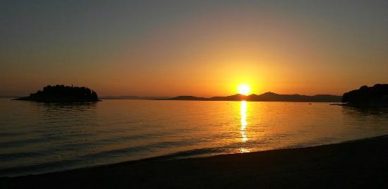 Villa Lena : Evening view from Pakostane shore.