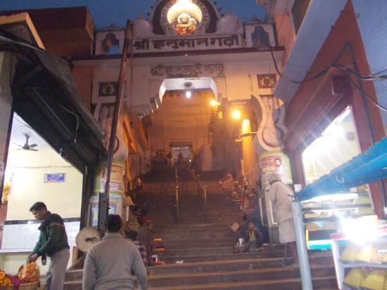 Ayodhya, India: Hanuman Garhi