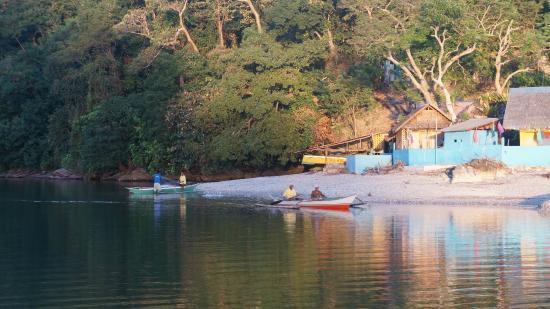 Palawan Mangrove Resort : Vissers in het dorpje