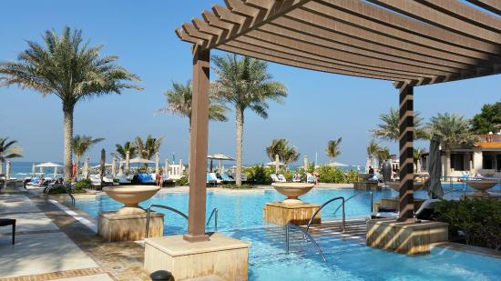 Дубай аджман сарай отель квартиры монако