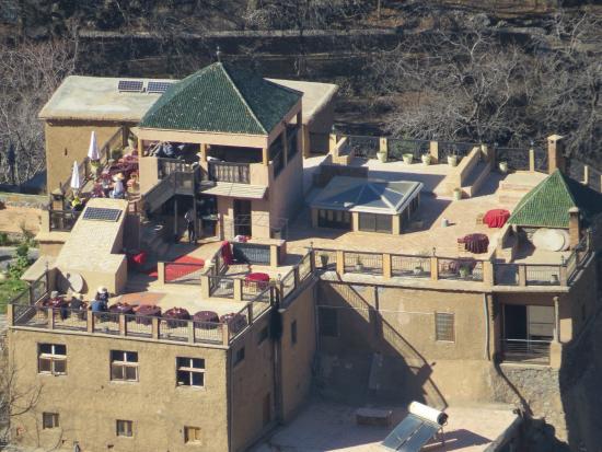 Kasbah Du Toubkal : View of Kasbah from hike