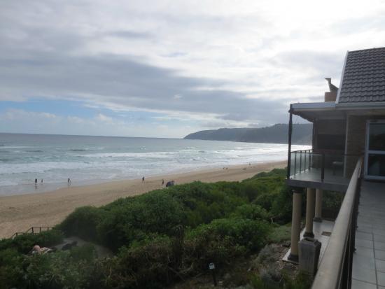 Sea Paradise: view of beachroad