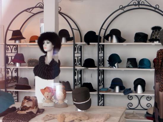 Chaconne Der Hutladen
