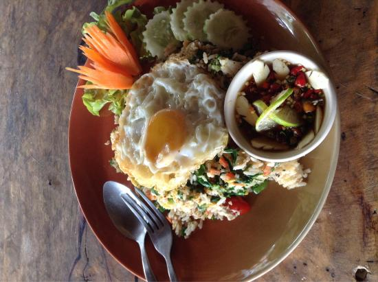Cloud 9 restaurant: Fried rice with vegetables
